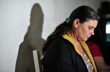 Alair vive em Bombinhas. Ela diz que não sabia que a filha seria vendida para uma família de Israel (Agencia RBS/Guto Kuerten)