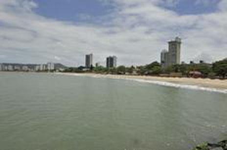 Cidade de quase 17 mil habitantes chega a receber 100 mil turistas no verão. (Agencia RBS/Rodrigo Philipps)