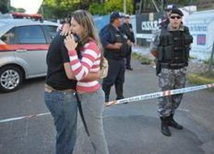 Incêndio deixou pelo menos 90 mortos na madrugada de domingo (Agencia RBS/Ronald Mendes)