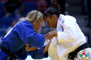 (G. Sabau and Zahonyi/IJF Media)