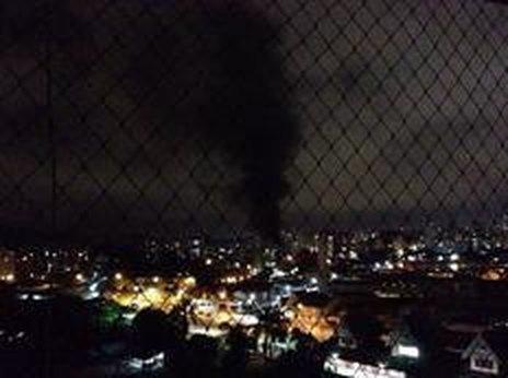 De longe dava para ver as chamas no bairro Anita Garibaldi (arquivo pessoal/João Luiz Flores Neto)