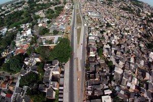 Prefeitura promete acelerar obras na Avenida Tronco (Agencia RBS/Diego Vara)