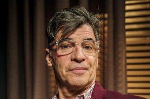 Atualmente, Paulo Betti interpreta o blogueiro Téo Pereira, na novela 'Império' (TV Globo/Divulgação/Alex Carvalho)
