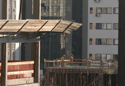 A alíquota maior, de 4,5%, é voltada para o setor de serviços e construção civil (Agencia RBS/Roni Rigon)