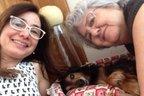 Adriana e sua mãe se emocionaram aoreencontrar o bichinho de estimação (Arquivo Pessoal/Arquivo Pessoal)