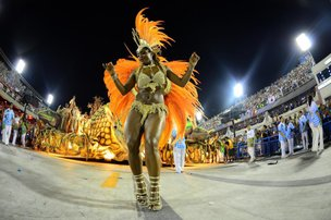 Carnaval do Rio de Janeiro é um dos mais procurados do País e também pelos joinvilenses (AFP/CHRISTOPHE SIMON)