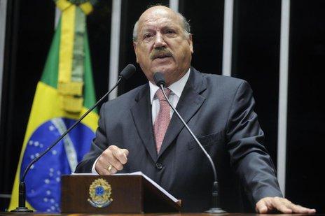 Segundo o próprio Luiz Henrique, a decisão é irreversível (Agência Senado/Divulgação/Moreira Mariz)