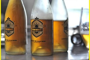 (Golden Queen Bee Beer)