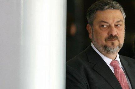 O ex-ministro Antonio Palocci (foto) teve o pedido de prisão preventiva acatado por Sergio Moro nesta sexta-feira (AGENCIA ESTADO/Wilson Pedrosa)