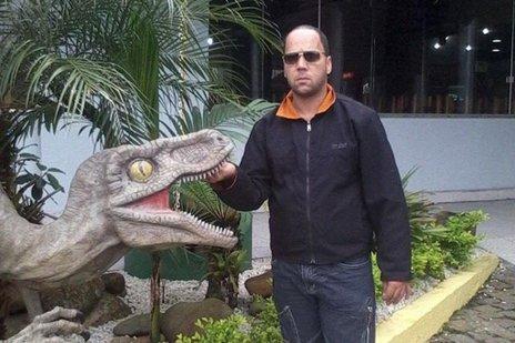 Flávio Duarte Silveira, 34 anos, costumava trabalhar em provas de automobilismo (Facebook/Reprodução)