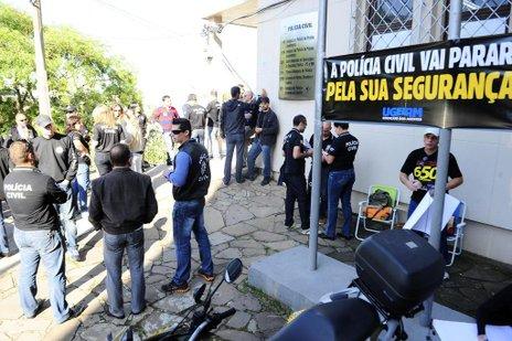 Policiais pedem convocação imediata de 650 concursados (Agencia RBS/Porthus Junior)