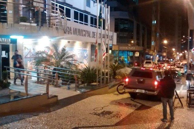 Gaeco faz coleta de provas na Câmara de Florianópolis. Operação Falsa Impressão.