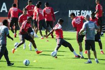 Atividade indicou que Nilmar será titular neste sábado (Agencia RBS/Ronaldo Bernardi)