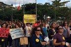 Manifestantes seguiram em passeata pelo Centro da cidade (Agência RBS/Julia Vieira)