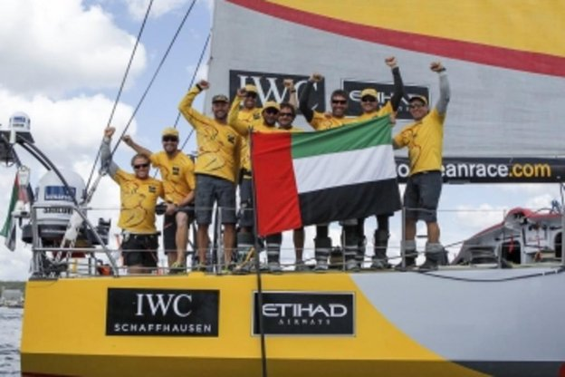 Abu Dhabi Ocean Race, dos Emirados Árabes, comemora a vitória da Regata de Volta ao Mundo (Abu Dhabi Ocean Racing/Ian Roman)