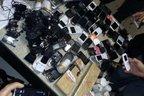 57 celulares e até controle de videogame foram apreendidos na Colônia Penal em Palhoça (Divulgação/Divulgação)