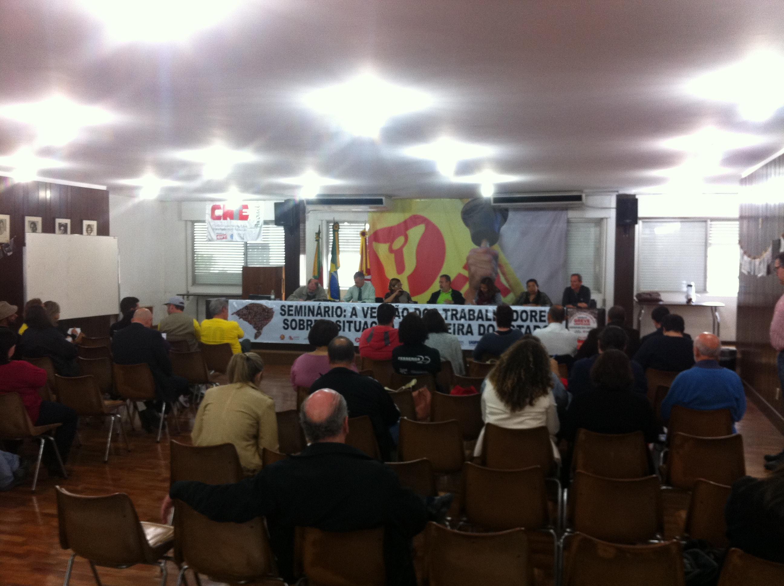Movimento unificado se reuniu a portas fechadas na sede do Cpers (Agência RBS/Caetanno Freitas)