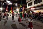 Desfile marca a abertura da 32ª edição da festa (Agência RBS/Lucas Paraizo)