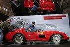 Ferrari dos anos 1950 foi vendida pelo valor de 32 milhões de euros, um recorde absoluto (AFP/JACQUES DEMARTHON)