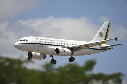 Possibilidade de manter o uso de aviões daForça Aérea Brasileira ainda é incerta (Agencia RBS/Diego Vara)