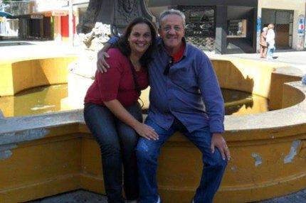 Mônica e o pai, Renato, foram executados enquanto cuidavam do açougue da família (Arquivo Pessoal/Facebook/Reprodução)
