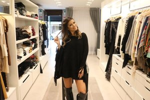 Proprietária da Quote aposta em it-girls e vendas pelo Instagram; ela mesma é garota-propaganda da marca (Agencia RBS/Yasmine Holanda Fiorini)