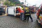 Motorista teve que ser retirada pelo porta-malas do veículo (Leandro S. Junges/Leandro S. Junges)