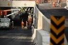 Na sexta-feira, equipes trabalhavam nas pistas que serão liberadas para o tráfego de automóveis (Agencia RBS/Carlos Macedo)