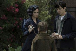 Eva Green, Georgia Pemberton e Asa Butterfield em cena de O lar das crianças peculiares (Divulgação/Fox)