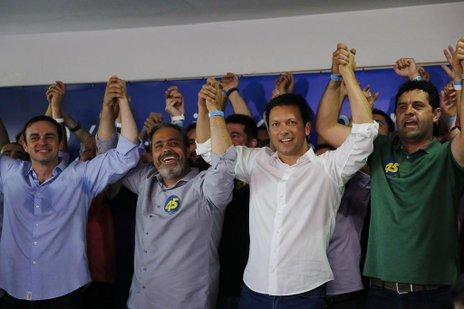 Kevin Krieger (PP), à direita, de verde, é um dos cotados para integrar o secretariado (Agencia RBS/Mateus Bruxel)