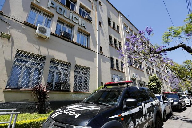 Na Polícia Civil, são 4.976 responsáveis por investigar crimes, 48% abaixo do ideal (Agencia RBS/Mateus Bruxel)