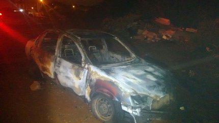 Corpo foi encontrado carbonizado e decapitado em porta-malas de veículo em Gravataí (Divulgação/Polícia Civil / Divulgação)