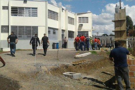 Ação dos presos mobilizou agentes prisionais, policiais e bombeiros (Arquivo Pessoal/Eduarda Demeneck)