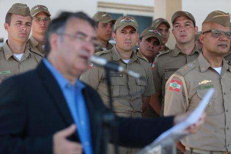 Raimundo Colombo afirmou que Joinville continua sendo prioridade na área de segurança (Agencia RBS/Cristiano Estrela)