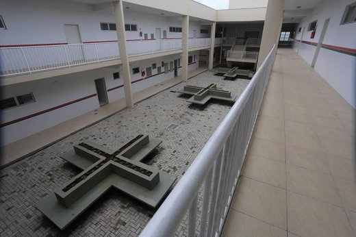 Escola, considerada modelo para o ensino médio inovador, foi inaugurada em 13 de fevereiro, no bairro São Vicente (Divulgação Secom/Julio Cavalheiro)