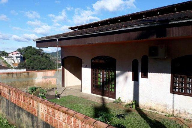 Homem é morto durante assalto em Joinville