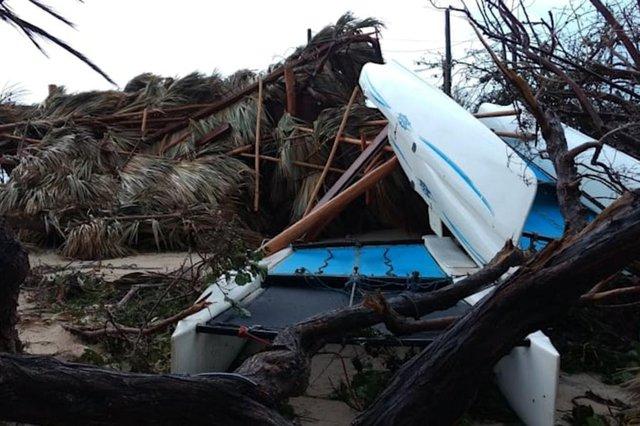 O bilionário britânico Richard Branson, 67 anos, revelou a extensão da devastação na sua luxuosa casa ¿ a ilha particular caribenha de Necker ¿ após a passagem do furacão Irma. O empresário publicou um vídeo em seu Instagram mostrando como ficou o lugar, que está entre as 50 Ilhas Virgens Britânicas.