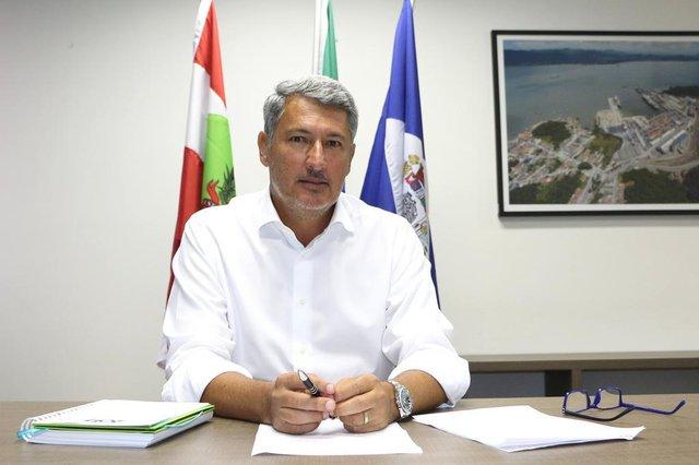 Renato Gama LoboPrefeito de São Francisco do Sul
