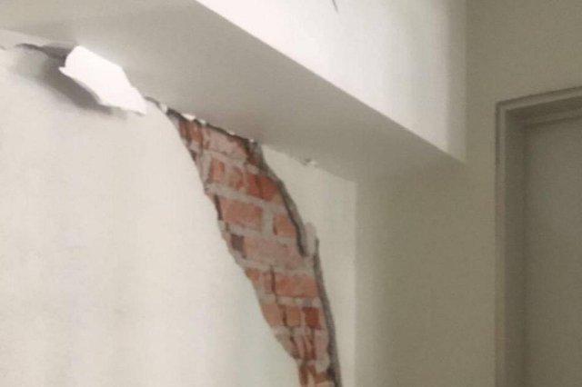 Prédio na Cidade do México após terremoto de magnitude 7.1
