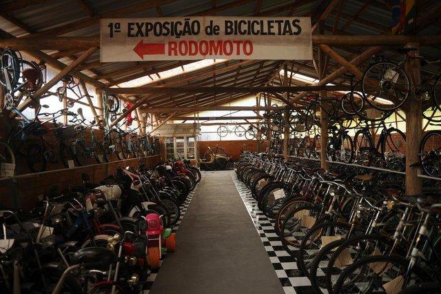 JOINVILLE, SC, BRASIL (18-09-2017) - Exposição de bicicletas no Recanto Gehrmann na Estrada Bonita em Joinville. (Foto: Maykon Lammerhirt, A Notìcia)