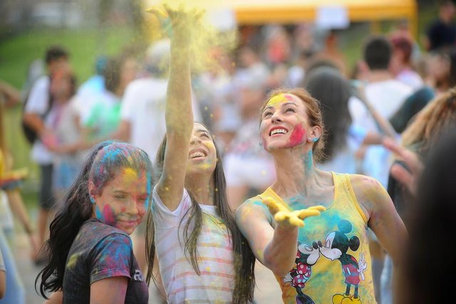 JOINVILLE, SC, BRASIL (23-09-2017) - Festa das cores na Expoville em Joinville. (Foto: Maykon Lammerhirt, A Notícia)