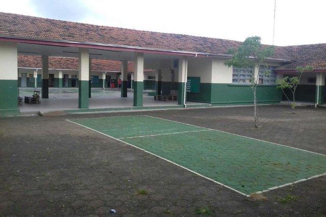 Depredação Escola Estadual Almirante Boiteux de Araquari.