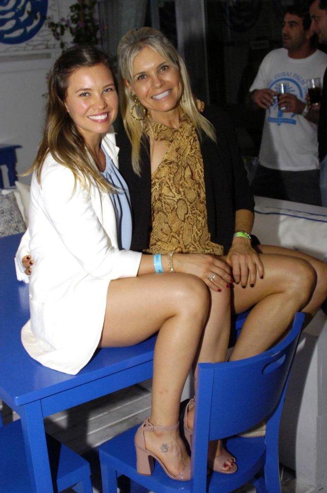 LEGENDA FOTO 5Luiza Tremel e a mãe Ione Tremel, na festa da Redmob Crossfit no Acqua Plage.CRÉDTOMarco Cezar/Divulgação