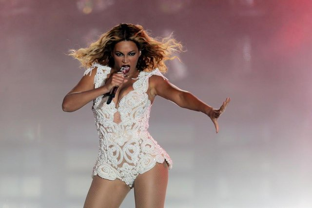 Beyoncé no Rock in Rio 2013Brasil, Rio de Janeiro, RJ, 13/09/2013. A cantora norte-americana Beyoncé durante sua apresentação no palco Mundo do Rock in Rio 2013, na Cidade do Rock, na Barra da Tijuca, na zona oeste do Rio de Janeiro. - Crédito:WILTON JUNIOR/ESTADÃO CONTEÚDO/AE/Código imagem:145847Editoria: GERALLocal: RIO DE JANEIROIndexador: WILTON JUNIORFonte: AGEFotógrafo: ESTADÃO CONTEÚDO