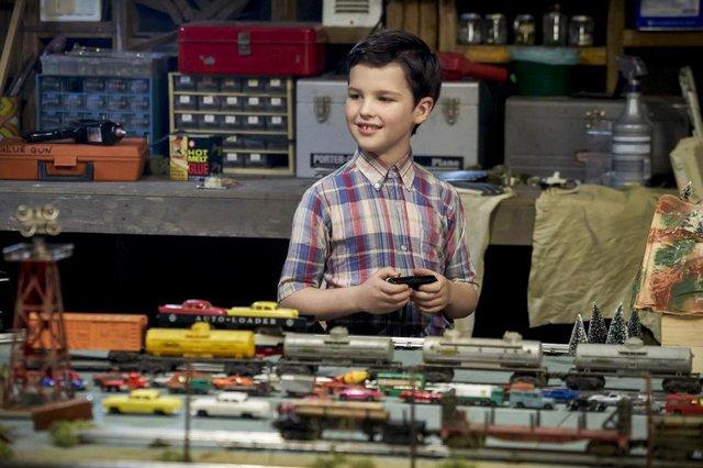 Série Young Sheldon. Em cena, Iain Armitage, interpretando Sheldon Cooper na infância.