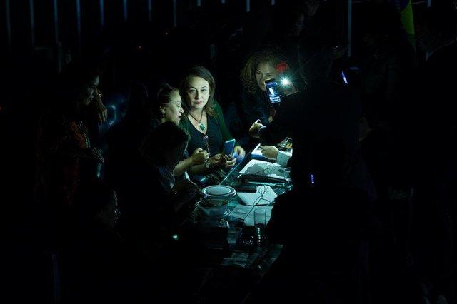 Brasília- DF 11-07- 2017 Plenário do senado. Senadoras assumem a presidência da mesa e não  deixam o presidente assumir o a sessãoo da reforma trabalhista. Eunicio mandou apagar as luzes do plenário.  Foto Lula Marques/AGPTIndexador: LULA MARQUES