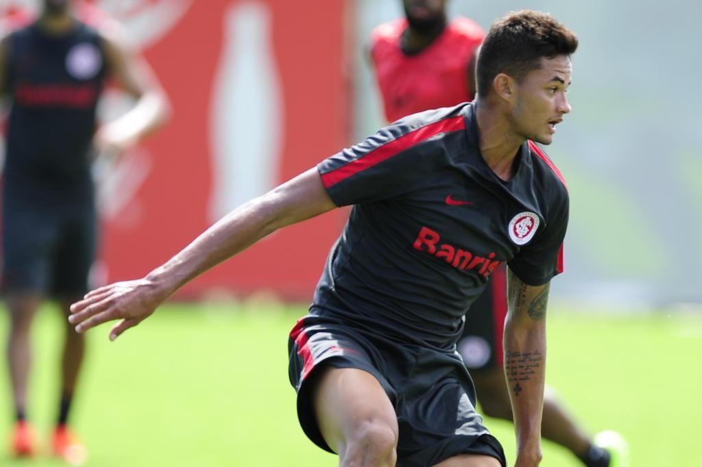 Para ficar mais perto da elite, Inter visita o Boa