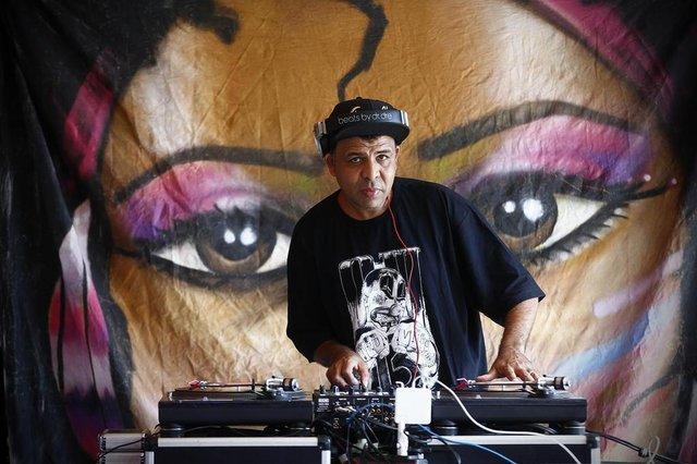 PORTO ALEGRE, RS, BRASIL, 08/10/2017: DJ Luka, da Vila Jardim, no Estrelas da Periferia. (Foto: Isadora Neumann/Agência RBS)