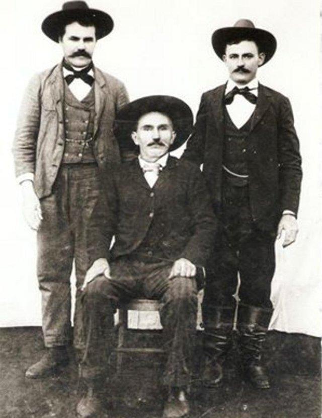 A história da família Caselani