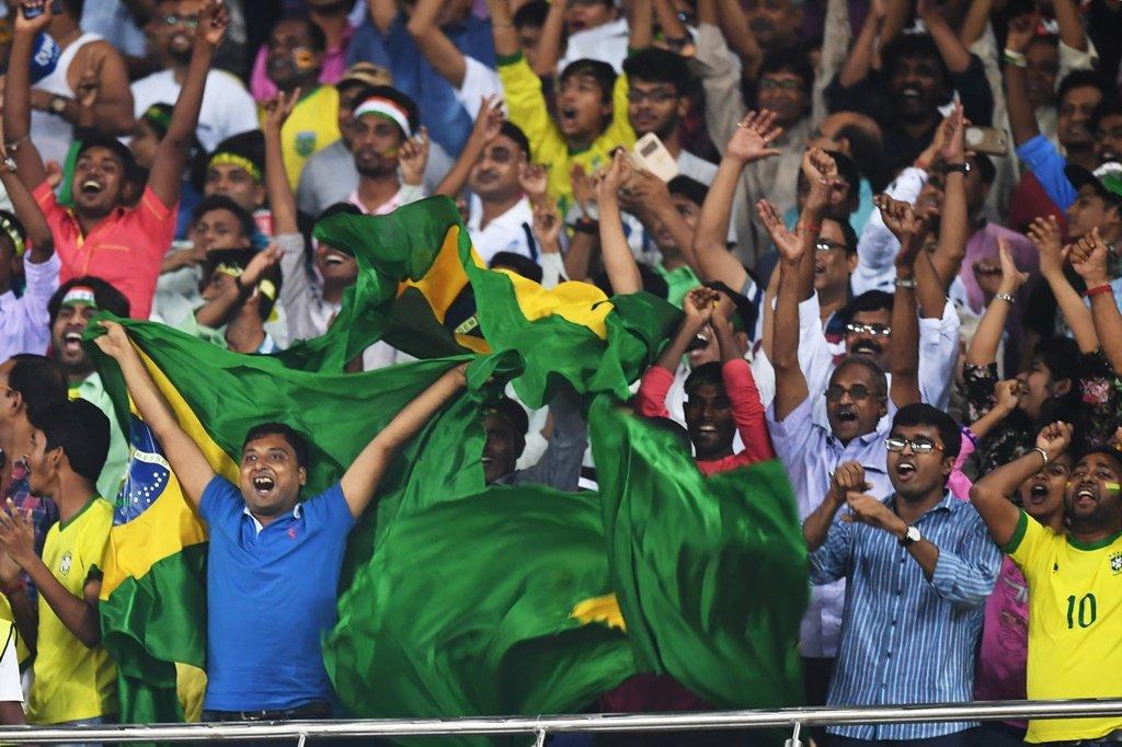 Inglaterra elimina Brasil na semifinal do Mundial sub-17